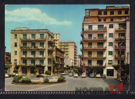 Piazza Municipiom con Fontana