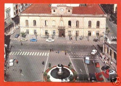 Piazza Municipio anni 80